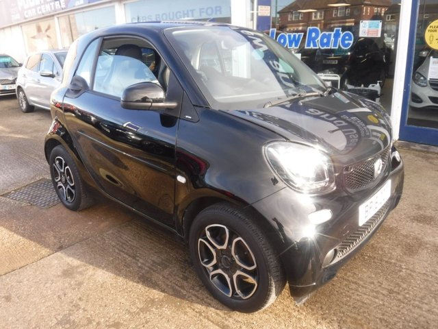 USED 2016 16 SMART FORTWO 1.0 PRIME PREMIUM 2d 71 BHP *** FINANCE & PART EXCHANGE WELCOME *** 1 OWNER FROM NEW £ 0 FREE ROAD TAX FULL BLACK LEATHER HEATED SEATS  PANORAMIC ROOF SAT/NAV BLUETOOTH PHONE PARKING SENSORS CRUISE CONTROL