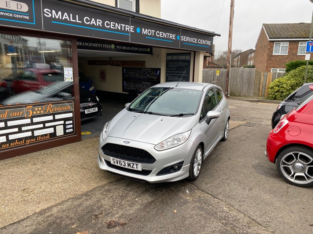 USED 2013 63 FORD FIESTA 1.0 ZETEC S 3d 124 BHP BLUETOOTH - DAB - USB - AUX - AIRCON - 17 INCH ALLOYS