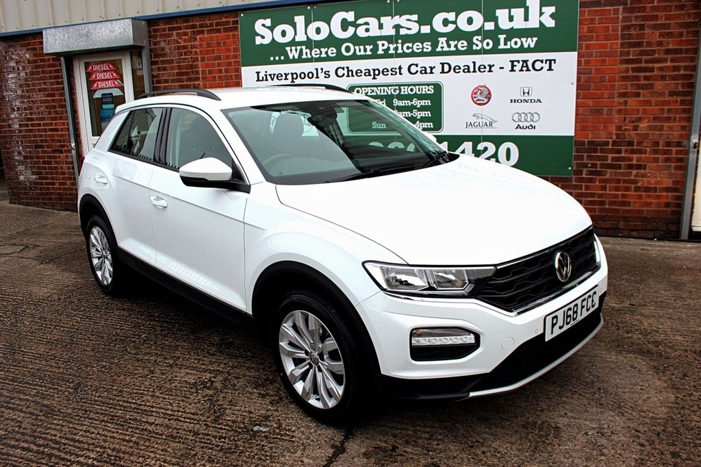 USED 2018 68 VOLKSWAGEN T-ROC 1.0 SE TSI 5d 114 BHP +ONE OWNER +MODERN +LOW MILES.
