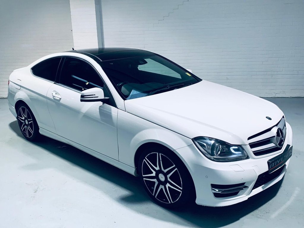 USED 2013 62 MERCEDES-BENZ C-CLASS 2.1 C250 CDI BLUEEFFICIENCY AMG SPORT PLUS 2d 202 BHP DUE IN.. AMG Pack, Glass Panoramic Roof, Full Leather, Red Seatbelts
