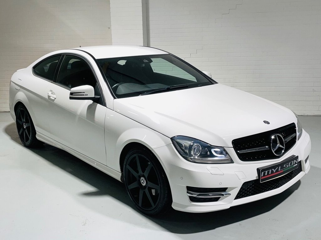 USED 2015 15 MERCEDES-BENZ C-CLASS 2.1 C220 CDI AMG SPORT EDITION PREMIUM 2d 168 BHP Low Mileage, AMG Pack, COMAND Media, Heated Leather