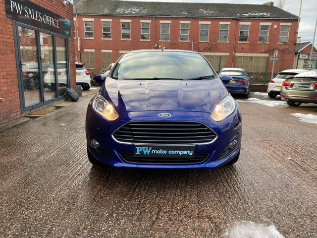 USED 2014 64 FORD FIESTA 1.2 ZETEC 3d 81 BHP GREAT FIRST CAR