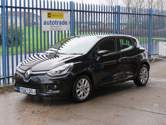 USED 2018 67 RENAULT CLIO 0.9 DYNAMIQUE NAV TCE 5d 89 BHP Sat Nav & DAB Radio 1 Lady Owner Service History- Colour Sat Nav