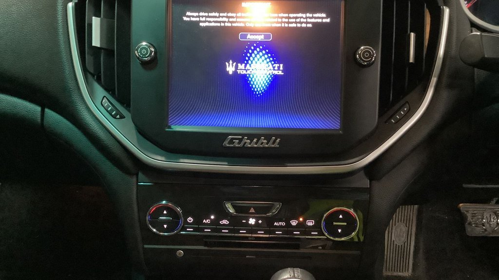 USED 2016 65 MASERATI GHIBLI 3.0 DV6 4d 275 BHP