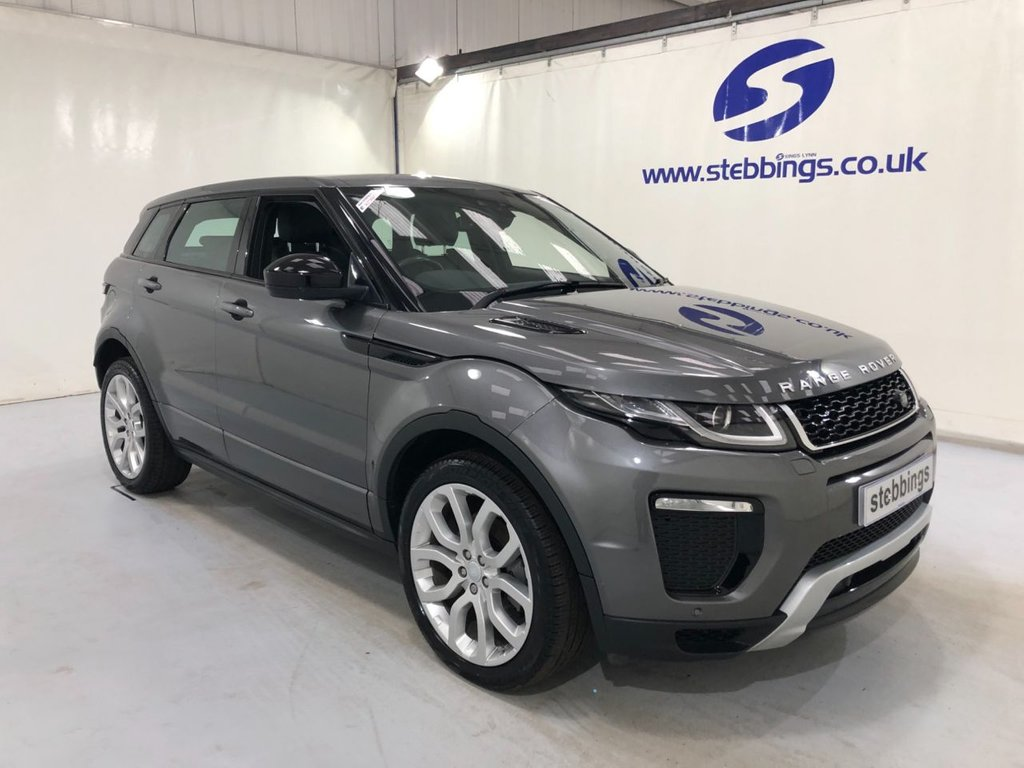 USED 2017 67 LAND ROVER RANGE ROVER EVOQUE 2.0 TD4 HSE DYNAMIC 5d 177 BHP PAN ROOF, SAT NAV, LEATHER, POWER HEATED FRONT SEATS WITH MEMORY FUNCTION, COLOUR TOUCHSCREEN MEDIA, MERIDIAN SOUND SYSTEM, DUAL ZONE CLIMATE CONTROL, CRUISE CONTROL, REAR VIEW CAMERA, ALLOY WHEELS