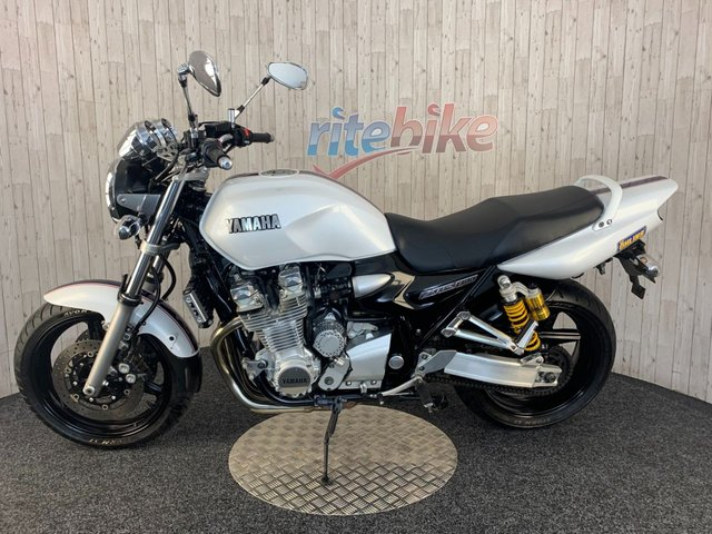 YAMAHA XJR1300 at Rite Bike