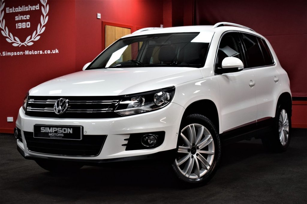 USED 2011 61 VOLKSWAGEN TIGUAN 2.0 SPORT TDI BLUEMOTION TECHNOLOGY 5d 138 BHP