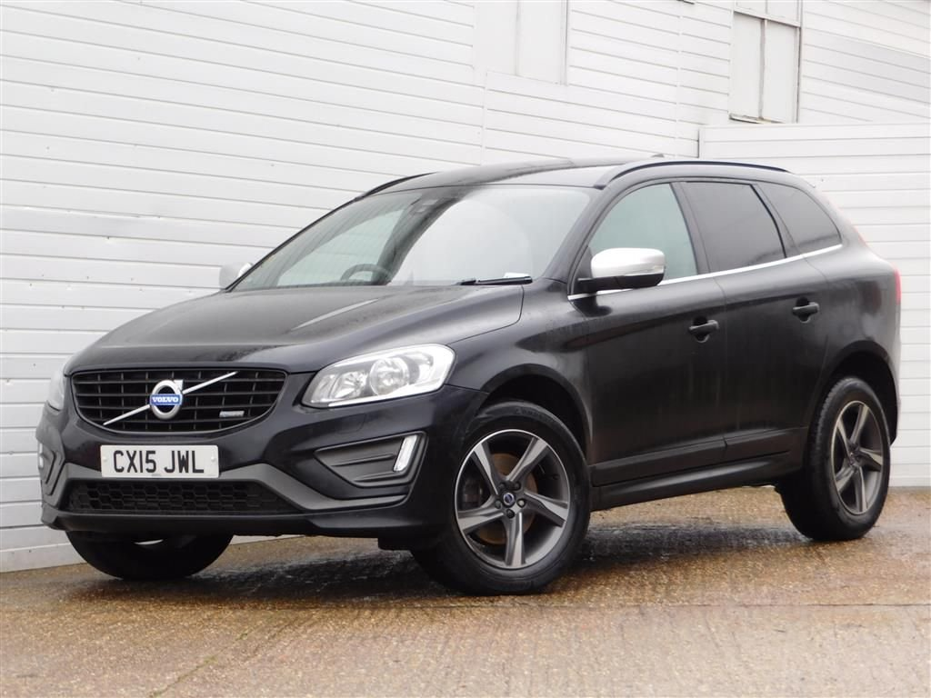 USED 2015 15 VOLVO XC60 2.0 D4 R-DESIGN 5d 178 BHP FULL VOLVO HISTORY HEATED LEATHER