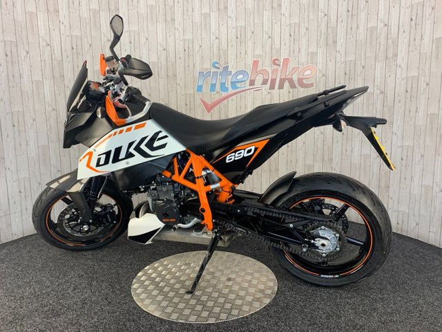KTM 690 DUKE at Rite Bike