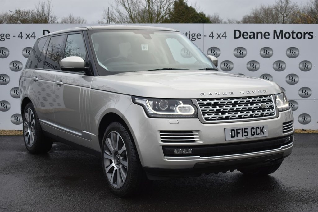 USED 2015 15 LAND ROVER RANGE ROVER 4.4 SDV8 VOGUE SE 5d 339 BHP