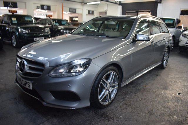 USED 2015 15 MERCEDES-BENZ E-CLASS 2.1 E300 BLUETEC HYBRID AMG LINE 5d 202 BHP ULTRA RARE E300 AMG LINE ESTATE DIESEL / HYBRID - £30 A YEAR TAX - ONE PREVIOUS KEEPER - LEATHER - NAV - HEATED SEATS - POWERBOOT