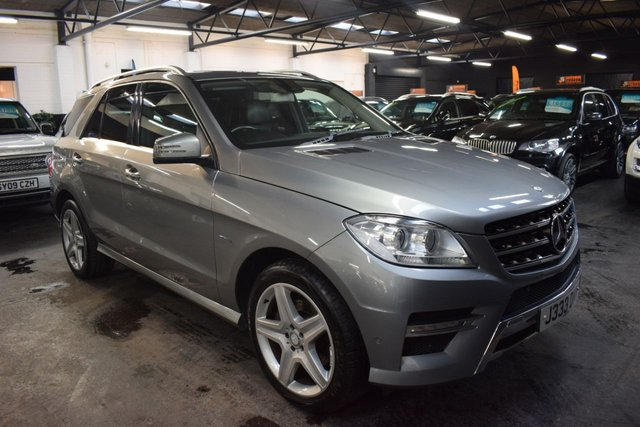 USED 2012 J MERCEDES-BENZ M-CLASS 2.1 ML250 BLUETEC SPORT 5d 204 BHP LOVELY CONDITION - RARE ML250 AMG SPORT - 50+ MPG - LOW TAX - SAT NAV - PRIVACY GLASS - POWER BOOT