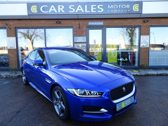 USED 2016 66 JAGUAR XE 2.0 R-SPORT 4d 178 BHP STUNNING ONE OWNER , STUNNING CEASIUM BLUE METALLIC WITH TWO TONE LEATHER, PRO SAT NAV, HEATED SEATS, BLUETOOTH, REVERSE CAMERA AND PARKING SENSORS, WELL MAINTAINED JUST HAD A MAJOR SERVICE BY US, MOT TILL NOVEMBER 2021, HPI CLEAR 2 REMOTE KEYS