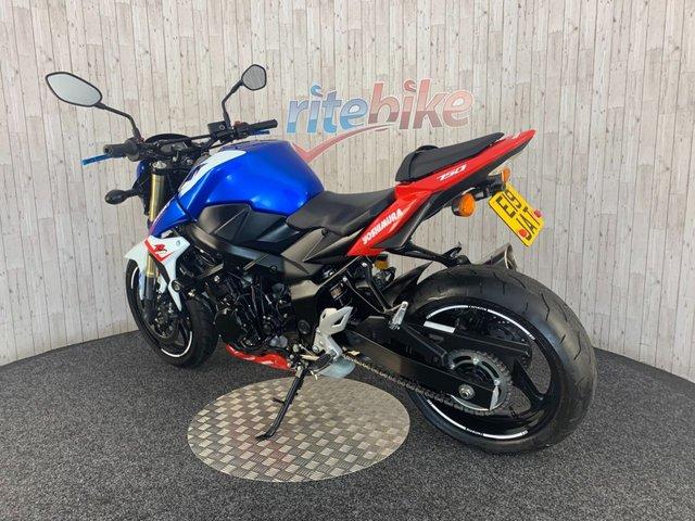 SUZUKI GSR750 at Rite Bike