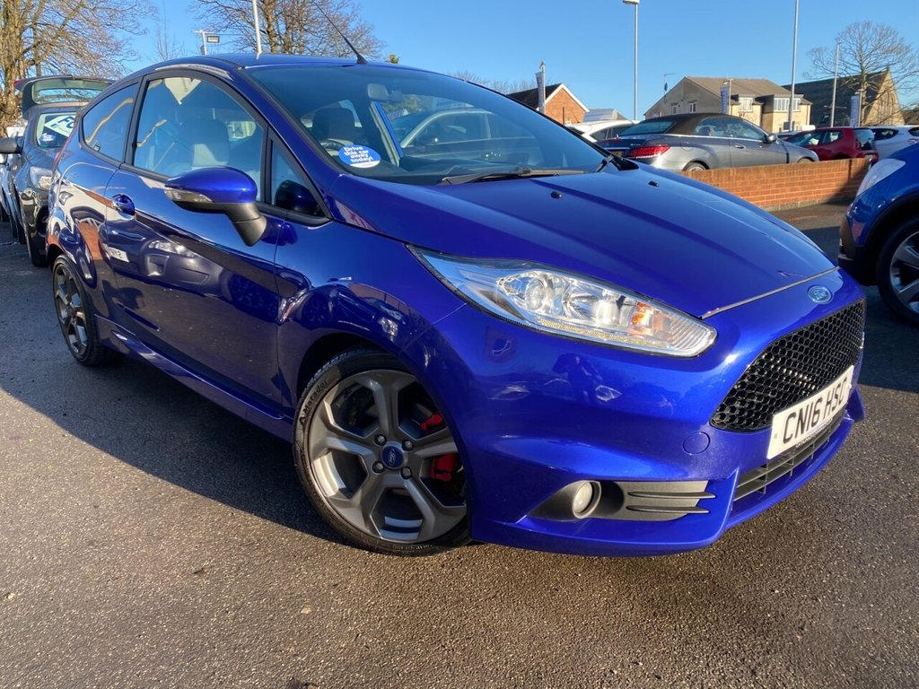 USED 2016 16 FORD FIESTA 1.6 ST-2 3d 180 BHP