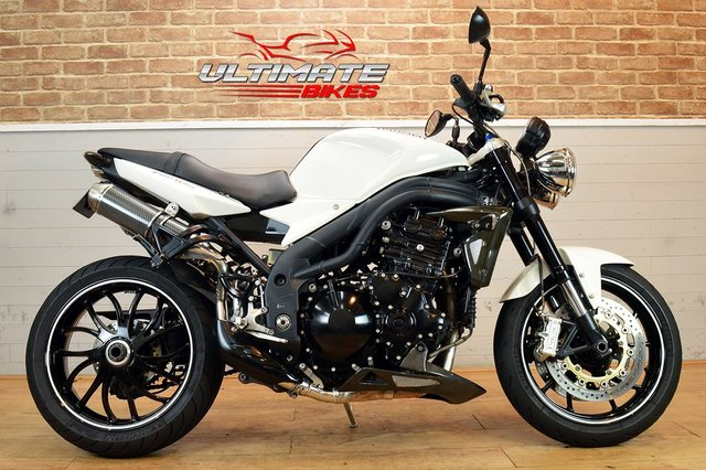 USED 2009 58 TRIUMPH SPEED TRIPLE 1050  - FREE DELIVERY AVAILABLE