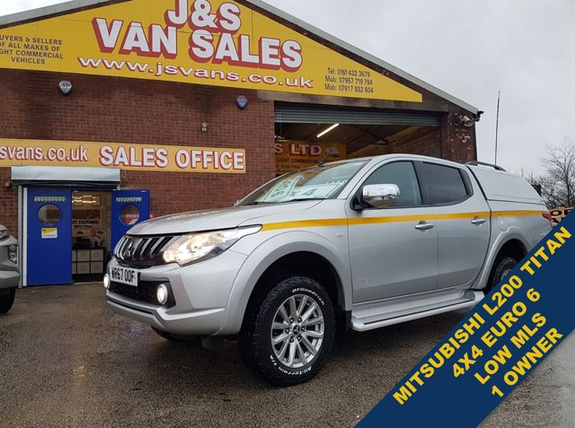 USED 2017 67 MITSUBISHI L200  DI-D 4WD TITAN  180 BHP EURO 6 1 OWNER F.S.H  MORE 4X4 IN STOCK WWW.JSVANS.CO.UK