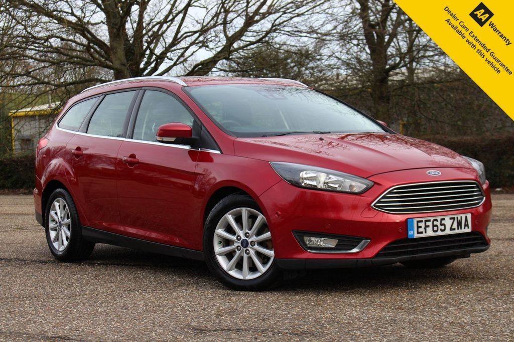 USED 2015 65 FORD FOCUS 2.0 TITANIUM TDCI 5d 148 BHP ** FULL FORD SERVICE HISTORY **  DEC 2021 ADVISORY FREE MOT ** UPGRADED NAV SYSTEM + HEATED LEATHER + PARKING ASSISTANT ** POWER FOLD MIRRORS **  TOUCHSCREEN MEDIA INTERFACE ** DAB RADIO ** CRUISE CONTROL ** BLUETOOTH ** LOW RATE FINANCE AVAILABLE ** NATIONWIDE DELIVERY AVAILABLE ** CLICK & COLLECT AVAILABLE ** BUY ONLINE IN CONFIDENCE FROM A MULTI AWARD WINNING 5* RATED DEALERSHIP **