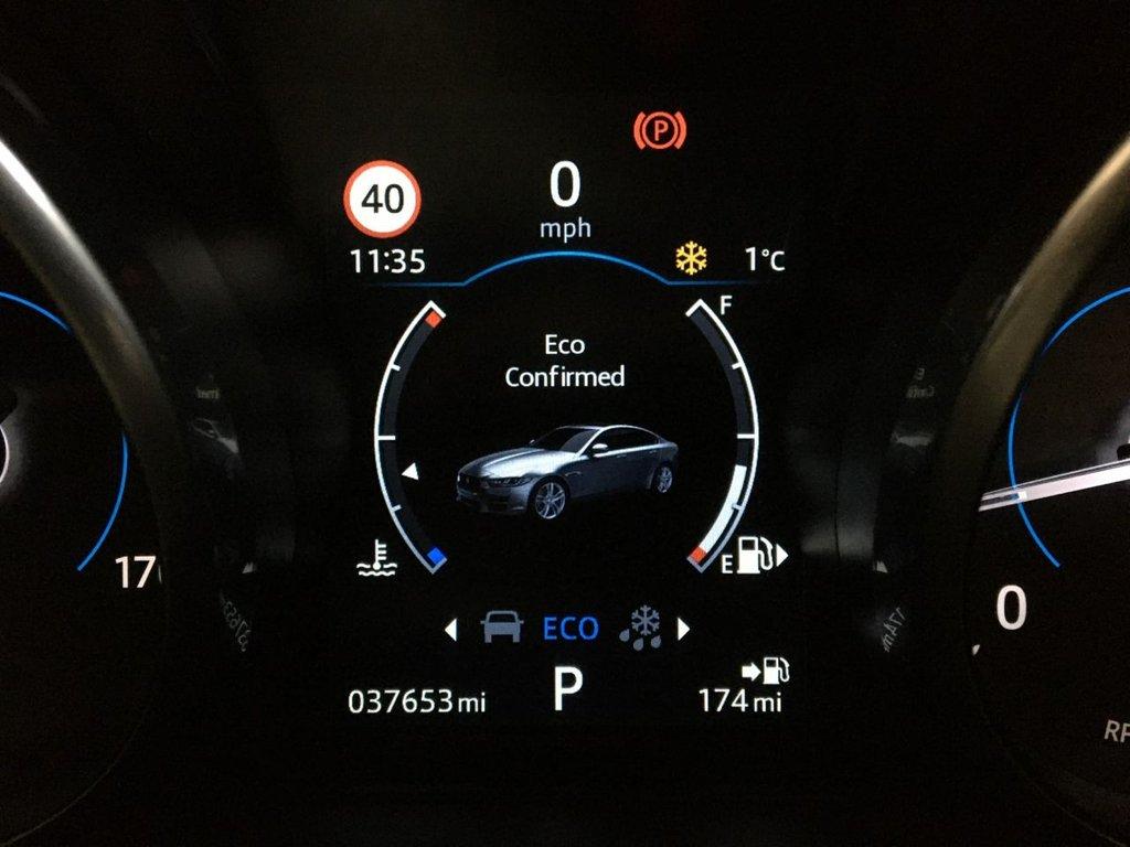 USED 2017 17 JAGUAR XE 2.0 PORTFOLIO 4d 178 BHP