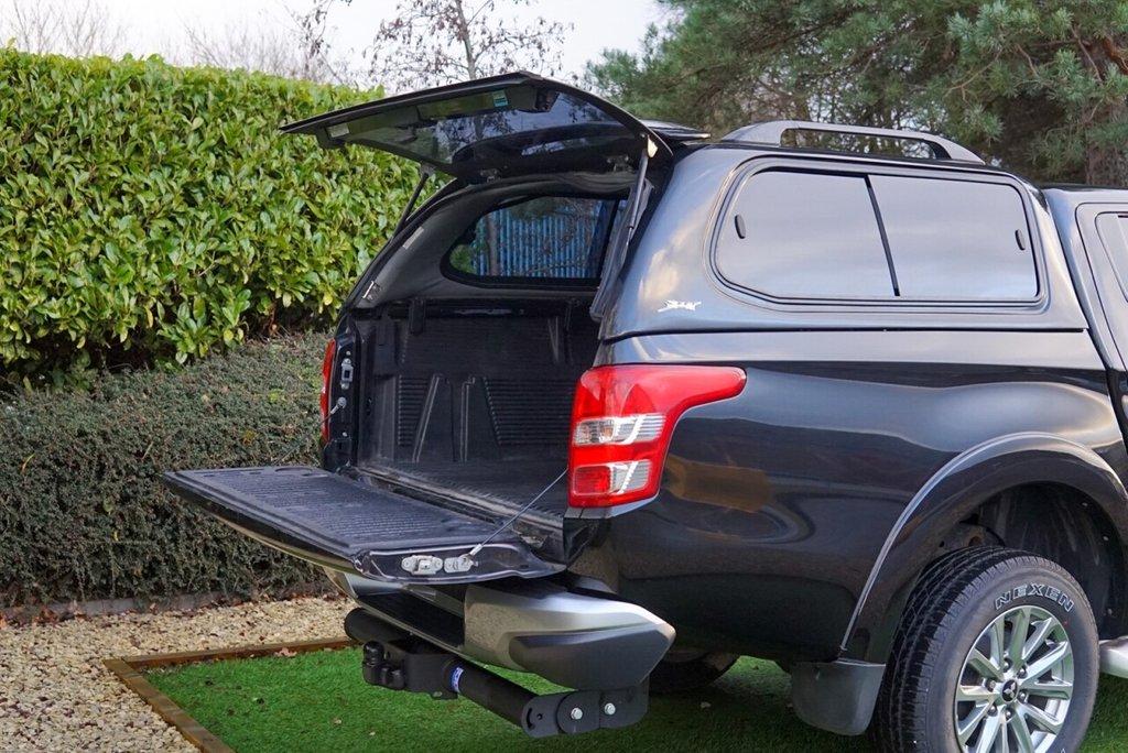 USED 2017 17 MITSUBISHI L200 2.4 DI-D 4WD WARRIOR DCB 178 BHP
