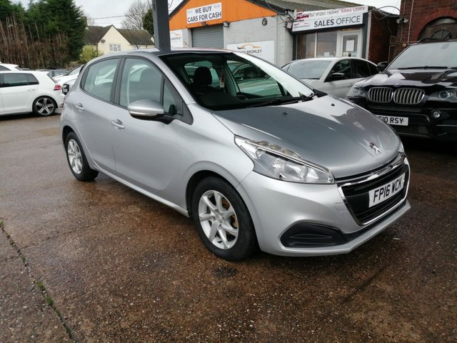 USED 2016 16 PEUGEOT 208 1.6 BLUE HDI S/S ACTIVE 5d 75 BHP