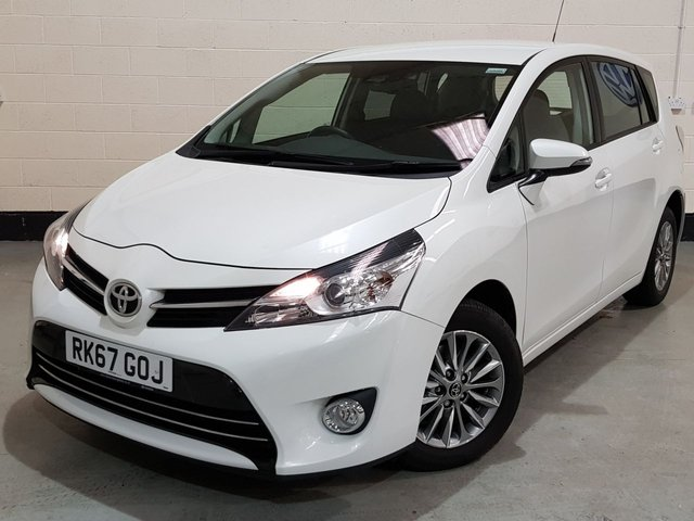 """USED 2017 67 TOYOTA VERSO 1.6 D-4D ICON 5d 110 BHP 1 Owner/7 Seater/Rear Camera/Cruise/Bluetooth/16""""Alloys"""