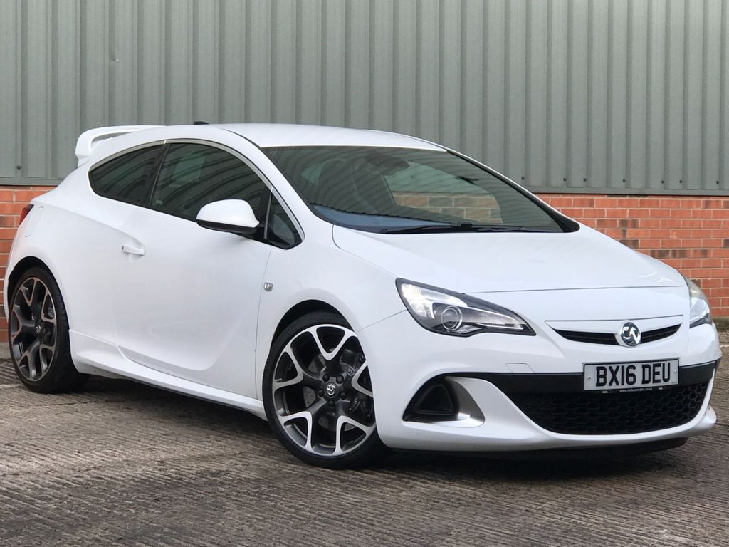 USED 2016 16 VAUXHALL ASTRA 2.0 VXR 3d 276 BHP EXCELLENT LOW MILEAGE EXAMPLE