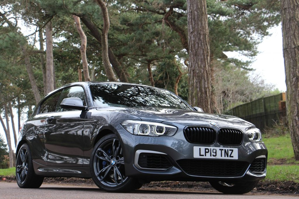 USED 2019 19 BMW 1 SERIES M140i SHADOW EDITION 340BHP