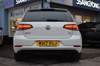 USED 2017 17 VOLKSWAGEN GOLF 1.4 SE NAVIGATION TSI BLUEMOTION TECHNOLOGY 5d 124 BHP FINANCE FROM £239 PER MONTH £0 DEPOSIT