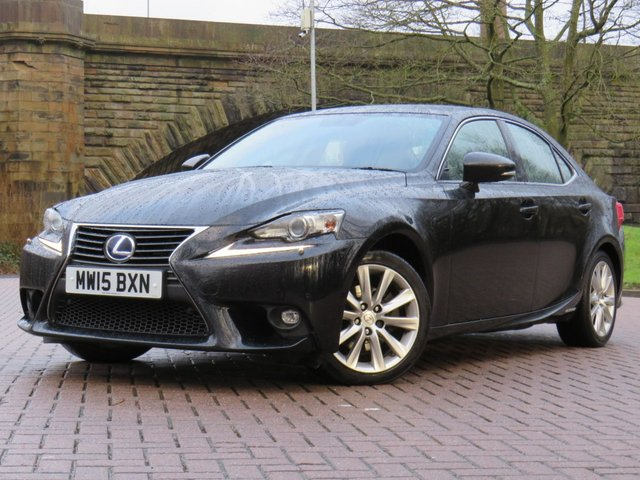 USED 2015 15 LEXUS IS 2.5 300H EXECUTIVE EDITION 4d 179 BHP