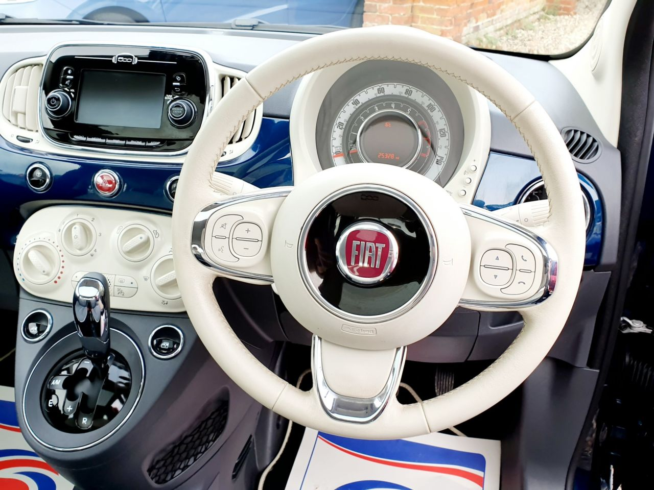 2017 Fiat 500 Lounge Dualogic 7 995