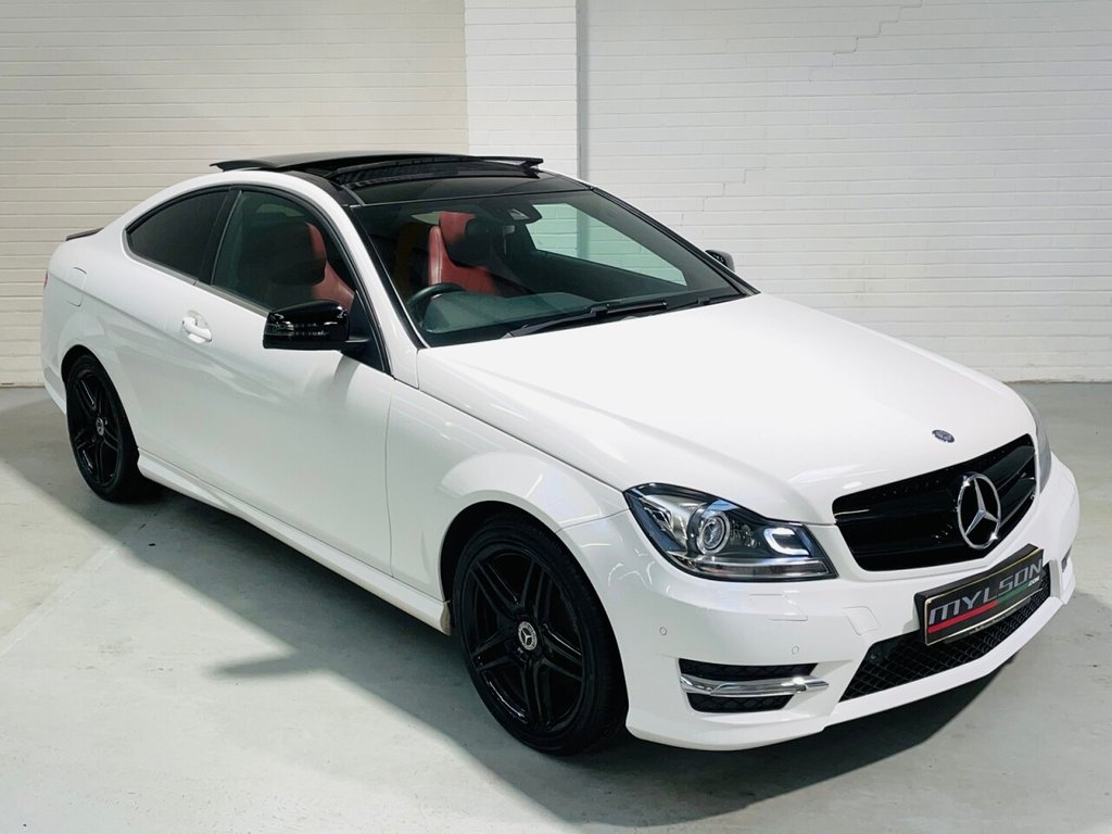 USED 2013 MERCEDES-BENZ C-CLASS 2.1 C220 CDI BLUEEFFICIENCY AMG SPORT 2d 170 BHP White with Red Leather, Harman Kardon, Glass Panoramic Roof