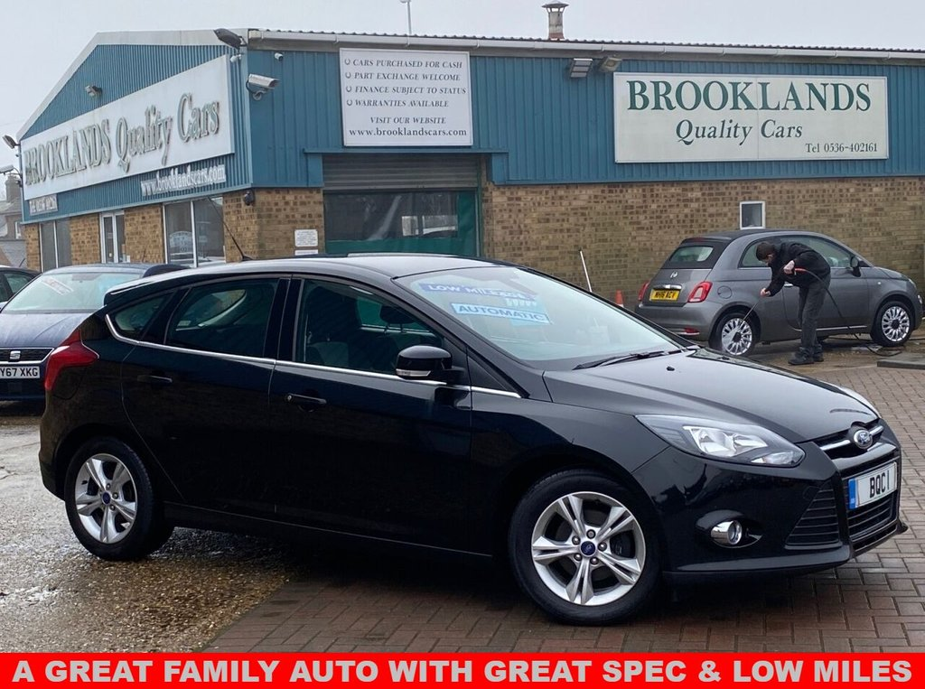 USED 2013 63 FORD FOCUS 1.6 ZETEC 5 Door Panther Black Met. Automatic 124 BHP Low Mileage A Great Family Auto With Great Spec and Low Miles PDC