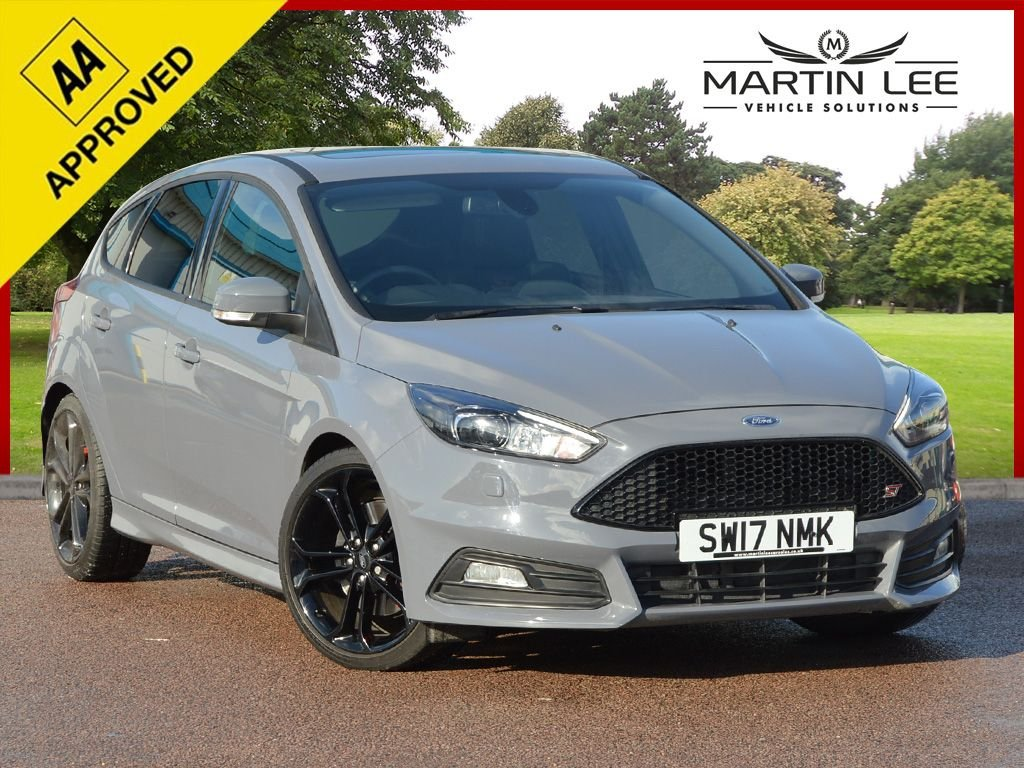 USED 2017 17 FORD FOCUS 2.0 ST-3 TDCI 5d 183 BHP STUNNING LOW MILEAGE ST3 DIESEL AUTOMATIC
