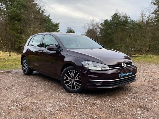USED 2017 17 VOLKSWAGEN GOLF 1.6 SE NAVIGATION TDI BLUEMOTION TECHNOLOGY DSG 5d 114 BHP DSG AUTO