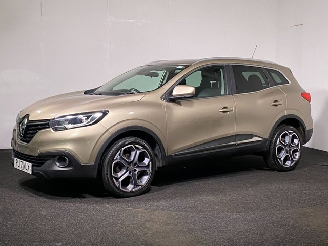 USED 2017 17 RENAULT KADJAR 1.5 DYNAMIQUE S NAV DCI 5d 110 BHP SAT NAV + PARK PILOT + LASER CUT ALLOYS + HALF LEATHER INTERIOR