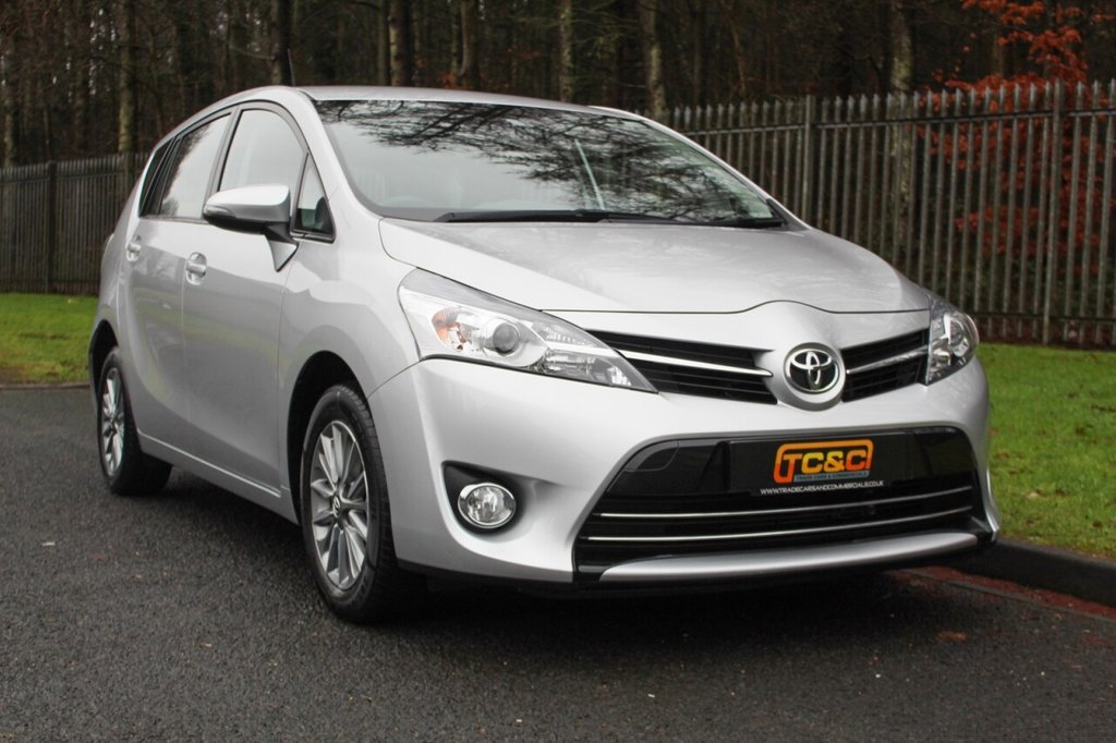USED 2017 67 TOYOTA VERSO 1.8 VALVEMATIC ICON 5d 145 BHP A ONE OWNER, LOW MILEAGE 7 SEAT TOYOTA VERSO WITH FULL SERVICE HISTORY!!!