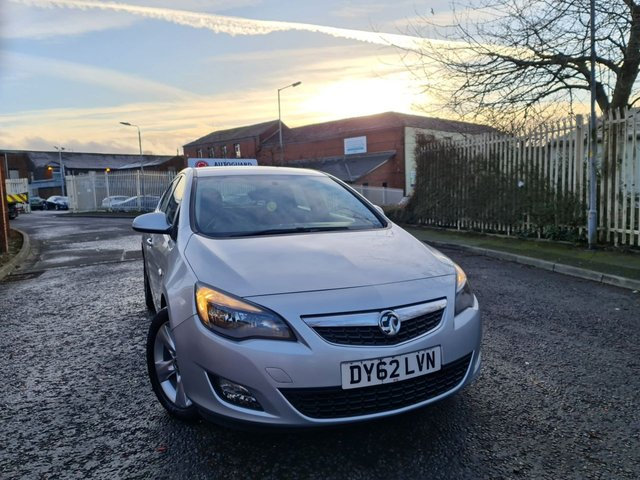 USED 2012 62 VAUXHALL ASTRA 1.7 SRI CDTI 5d 123 BHP A GREAT ECONOMICAL VEHICLE