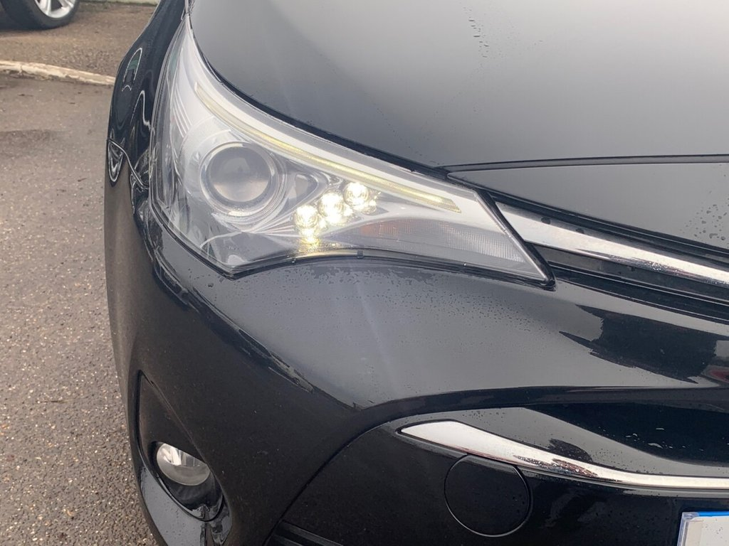 USED 2017 17 TOYOTA AVENSIS 2.0 D-4D BUSINESS EDITION 5d 141 BHP