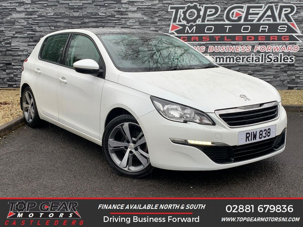 USED 2014 PEUGEOT 308 1.6 E-HDI 115BHP ACTIVE  ** WHITE PEARLESCENT PAINT, PANORAMIC SUNROOF, SAT NAV **