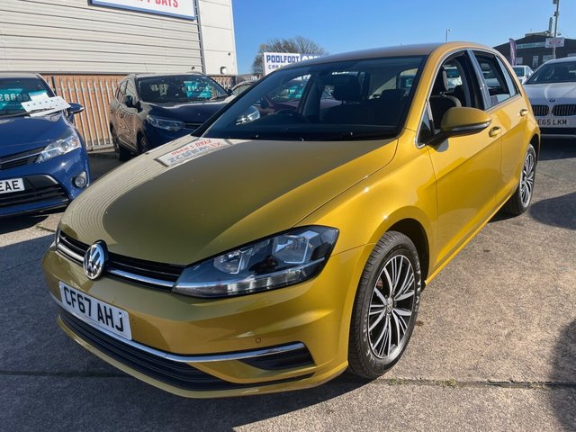 USED 2017 67 VOLKSWAGEN GOLF 1.6 SE NAVIGATION TDI BLUEMOTION TECHNOLOGY DSG 5d 114 BHP *** FINANCE & PART EXCHANGE WELCOME *** 1 OWNER AUTOMATIC SAT/NAV BLUETOOTH PHONE FRONT & REAR PARKING SENSORS ADAPTIVE CRUISE CONTROL AIR/CON DAB RADIO