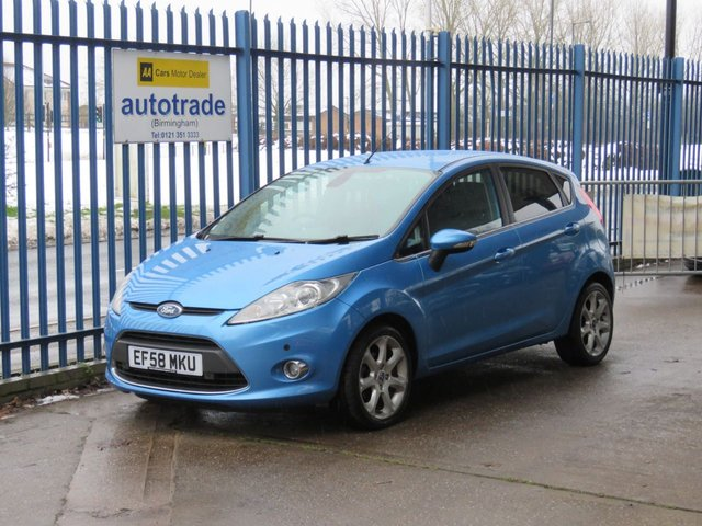 USED 2009 58 FORD FIESTA 1.6 TITANIUM 5d 118 BHP DAB Radio- Rear Parking Assist Service History with 8 Stamps & Rear Parking Sensors