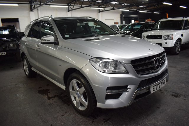 USED 2012 12 MERCEDES-BENZ M-CLASS 3.0 ML350 BLUETEC SPORT 5d 258 BHP ONE PREVIOUS KEEPER - ML350CDI AMG SPORT - SAT NAV - POWERBOOT - AMG ALLOYS