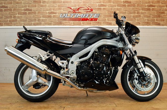 USED 2004 53 TRIUMPH SPEED TRIPLE (955i)  - FREE DELIVERY AVAILABLE