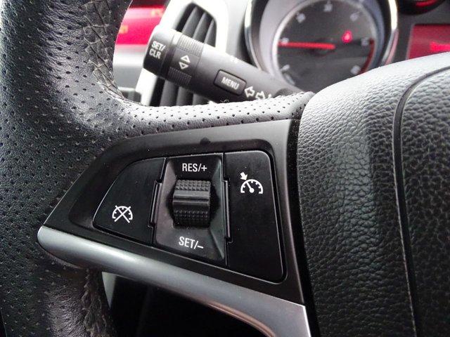 USED 2012 12 VAUXHALL ASTRA 1.7 SRI CDTI 5d 108 BHP £30 ROAD TAX LONG MOT