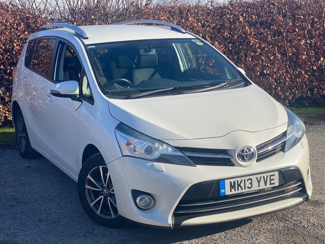 USED 2013 13 TOYOTA VERSO 2.0 ICON D-4D  5d 122 BHP * 7 SEATER * 6 SPEED * DIESEL  * 12 MONTHS FREE AA MEMBERSHIP *