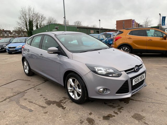 USED 2011 61 FORD FOCUS 1.6 ZETEC 5d 104 BHP SERVICE HISTORY