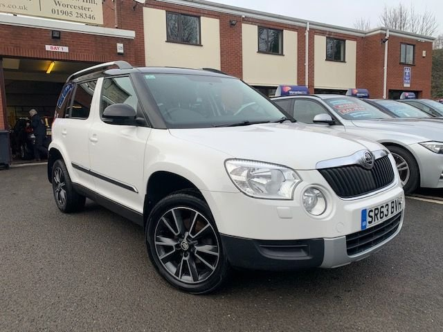 USED 2013 63 SKODA YETI 2.0 ADVENTURE TDI CR 5d 140 BHP