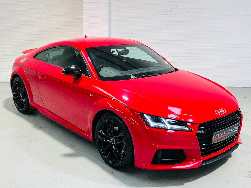 USED 2015 15 AUDI TT 2.0 TDI ULTRA S LINE 2d 182 BHP Ultra S Line Spec, Low Miles, Red with Black Leather, Black Styling Pack