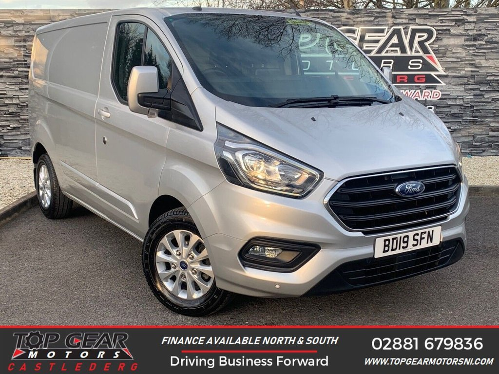 USED 2019 19 FORD TRANSIT CUSTOM 300 2.0 130BHP LIMITED L1 H1 ** HEATED SEATS, CRUISE CONTROL, A/C, PARKING SENSORS ** OVER 90 VANS IN STOCK